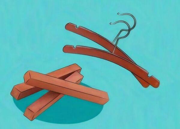 ▷ Usar perchas de cedro para las polillas de armario ▷【 EliminarBichos.es 🥇】.jpg